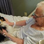 uomo colpito da ictus, rivede il suo cane e riprende a parlare