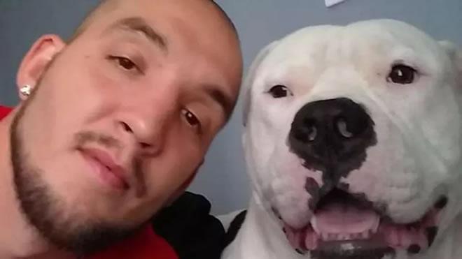 Vende la sua auto per salvare il suo cane